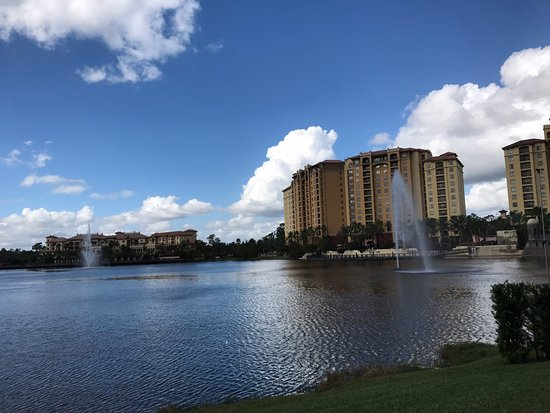 Wyndham Bonnet Creek Resort: Well maintained grounds!