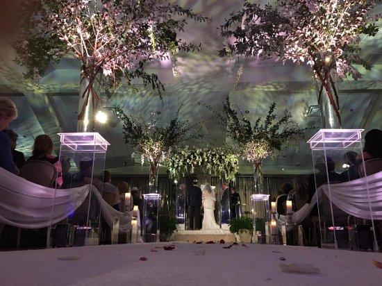 Springfield - Delaware County, Пенсильвания: Indoor Ceremony