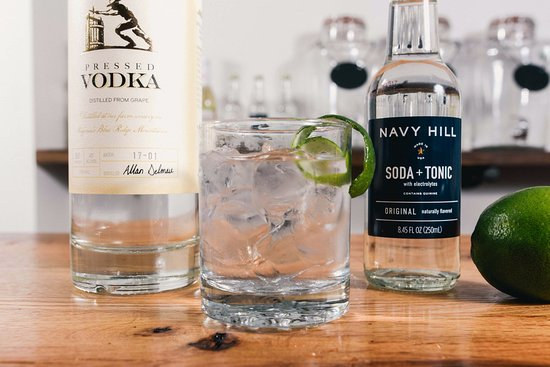 Huntly, VA: Dida's Distillery: a classic Vodka Tonic, but made with Navy Hill Soda Tonic - all the differenc