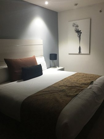 Real Inn Perinorte: King Room