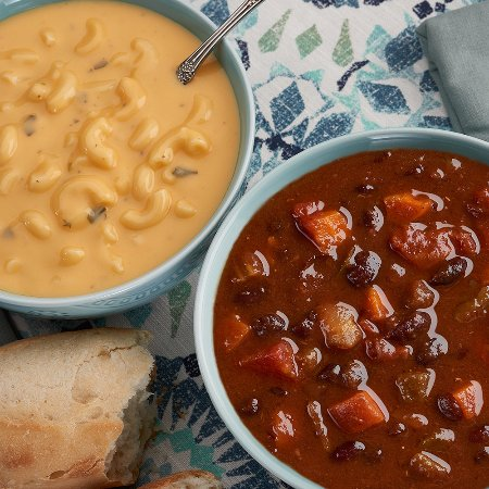 Blue Bell, PA: Mac N' Cheese soup and Spicy Black Bean Chili