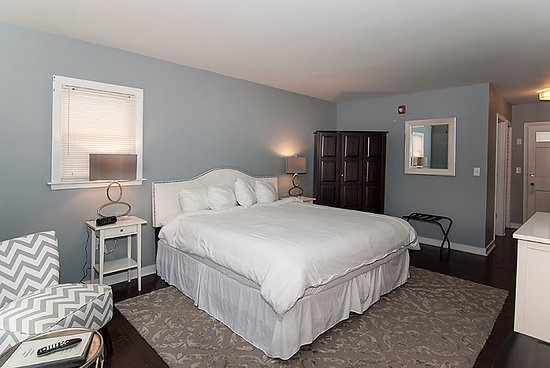 Wolfeboro, NH: One of our five King Rooms.
