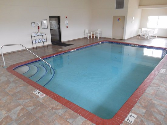 Harlan, IA: Enjoy Heated Indoor Swimming Pool.