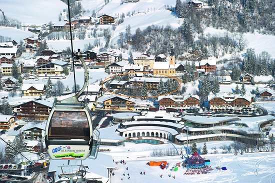 Hotel Praegant: Winter, postition of the hotel in the valley
