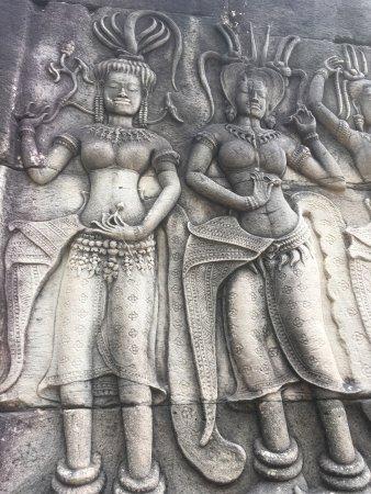 Angkor Guide Sopanha Private Tours: photo3.jpg