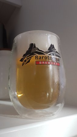 Rarotonga, Îles Cook : They have these double walled glasses that keep your beer cold