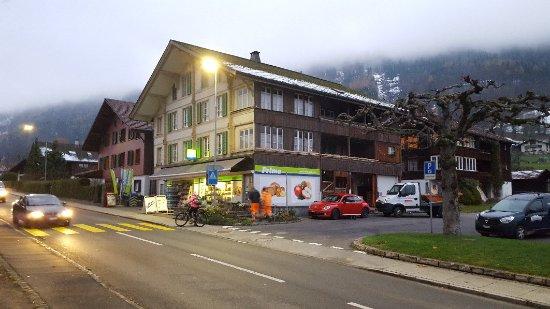 Ringgenberg, Switzerland: 20171116_072104_large.jpg