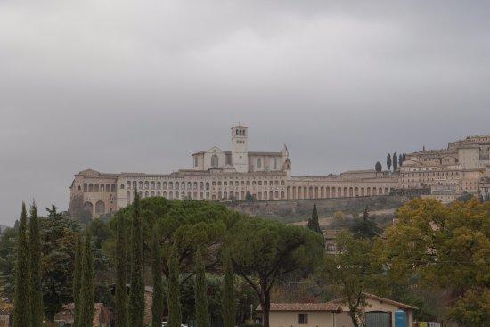 All'Antica Mattonata: Assisi, Convento e Basilica