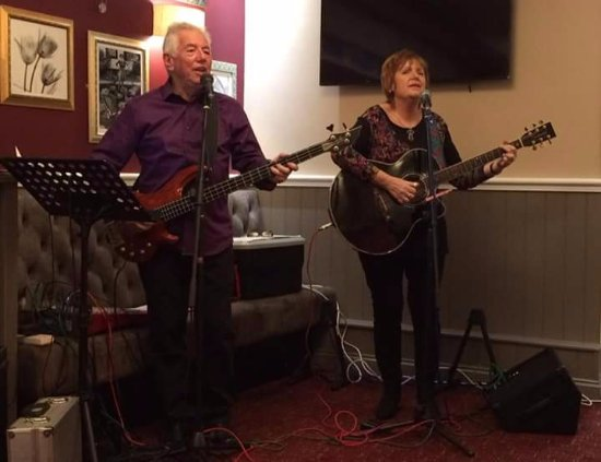 Greenlaw, UK: Iona and Andy Charity Performance