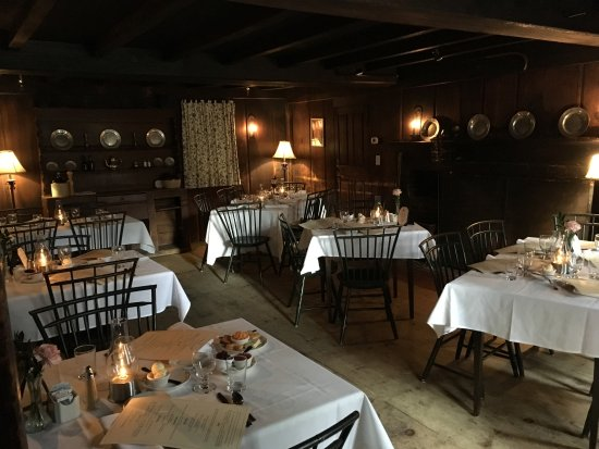 Sudbury, MA: One of the dining rooms.