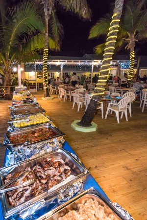 Elbow Cay: Dinner Buffet on the deck