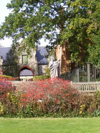 Ryde, UK: View from the restaurant garden