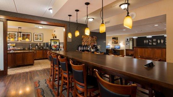 Best Western Delta Inn Photo
