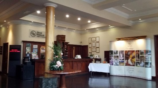 Reception area picture of great national abbey court for Abbey road salon