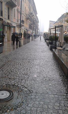 NEGOZIO PINKO CORSO COMO... - Foto di Corso Como 6e1a01250fe