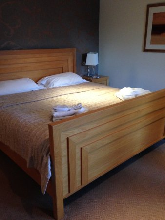 Hethersett, UK: Lovely large bed