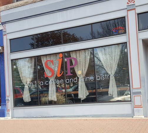 Mount Pleasant, IA: SIP coffee shop on the square in Mt. Pleasant, Iowa