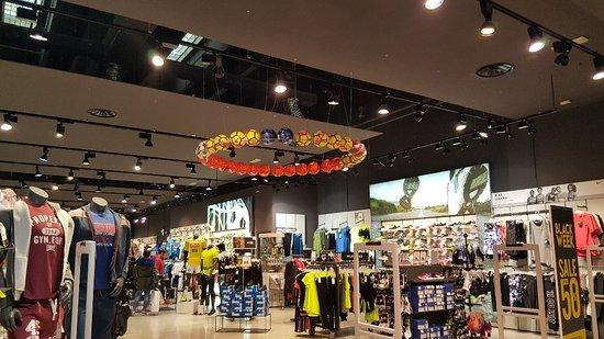 negozi foto di centro commerciale campania marcianise