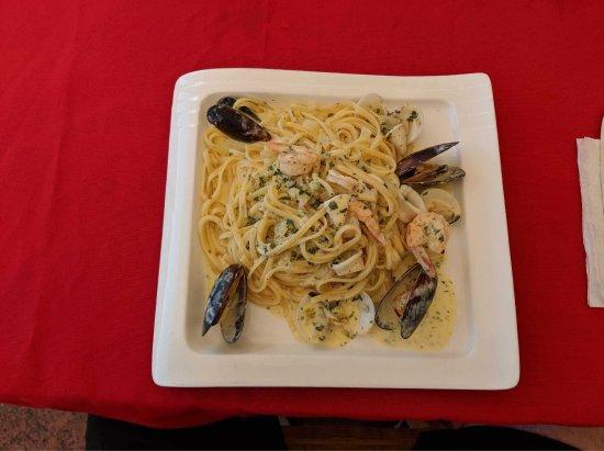 Sangria Restaurant Bar & Lounge: photo1.jpg