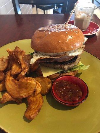 Warragul, Australia: Wagyu burger