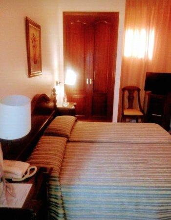 Hotel Gran Avenida: IMG_20171128_001216_large.jpg