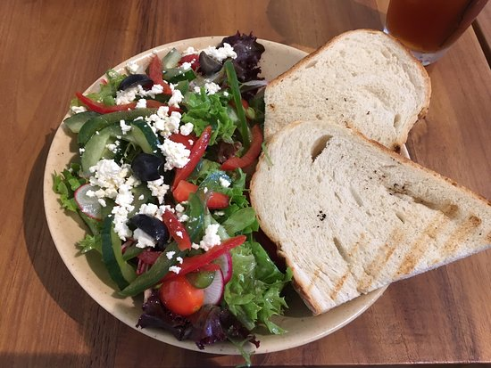 Sama Dengan Coffee: Greek Salad!