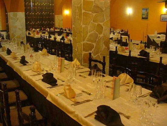 Cucina tipica montanara, prodotti locali,ottima vista mare....a due passi di Caltabellotta,paese