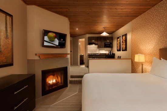 Executive Inn At Whistler Village: Deluxe Studio Room