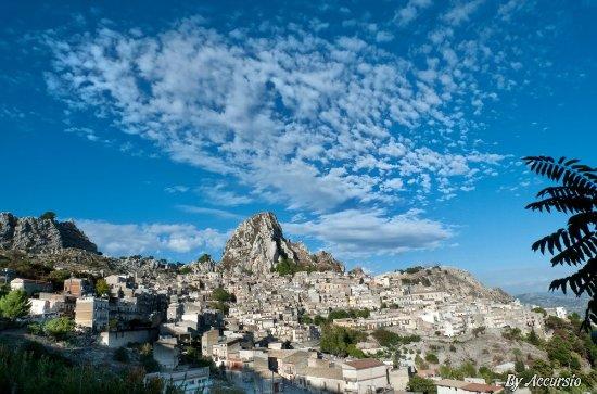 Caltabellotta,meta da visitare,paese storico,vista incantevole