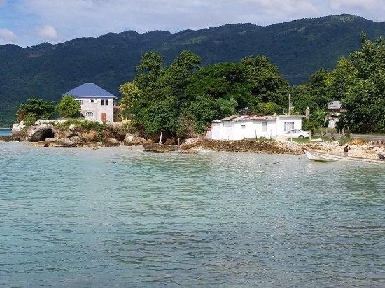 Bluefields, Jamaica: 20171125_133202_large.jpg