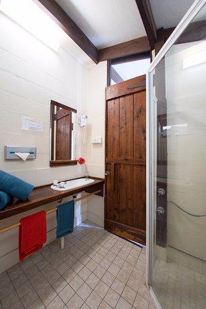 Blackheath, Australia: standard room bathroom