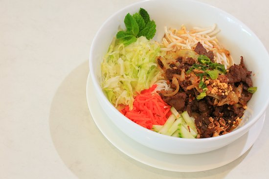 Beef rice vermicelli is one of my favourite meal. Nice and quick, very tasty and light to tummy.