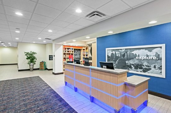 Ozona, TX: Reception Desk