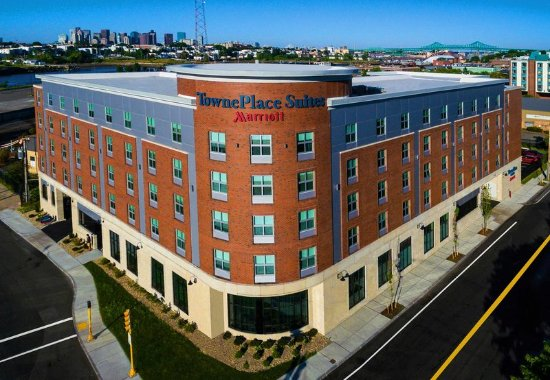 TownePlace Suites Boston Logan Airport/Chelsea Hotel