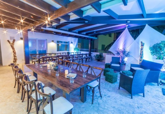 San Rafael de Escazu, Costa Rica: Terrace Social Events