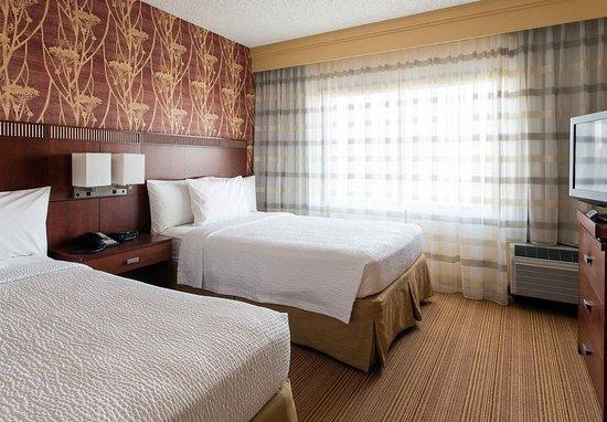 Laguna Hills, CA: Double/Double Suite - Bedroom