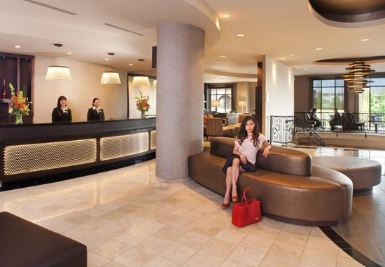 كورتيارد باي ماريوت تاكوما داون تاون: Lobby Sitting Area