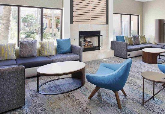 Courtyard Tucson Williams Centre: Lobby Sitting Area