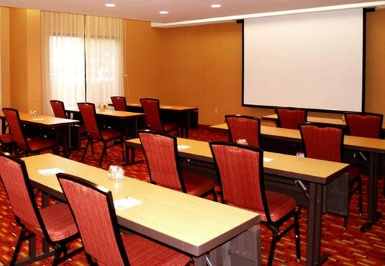 Courtyard Jackson Ridgeland: Meeting Room