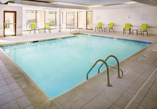 Courtyard birmingham colonnade grandview updated 2017 for Pool show birmingham