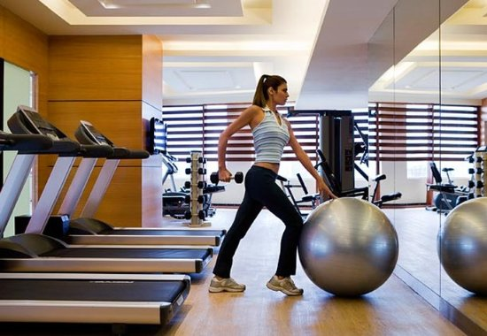 Courtyard Ahmedabad: Fitness Centre