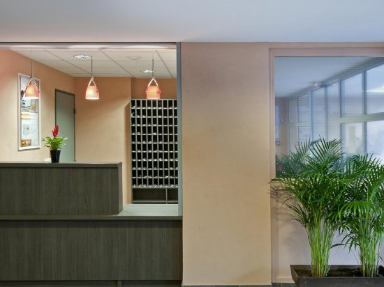 aparthotel adagio access poitiers poitiers frankrijk foto 39 s reviews en prijsvergelijking. Black Bedroom Furniture Sets. Home Design Ideas