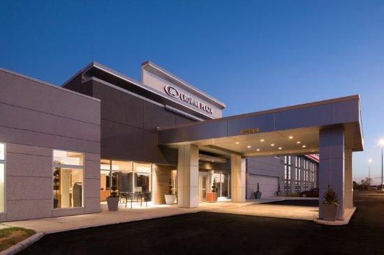 Burr Ridge, IL: Hotel Exterior