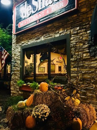 Desha's Restaurant and Bar: photo0.jpg