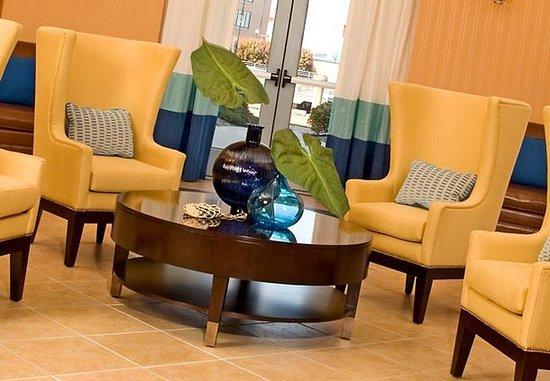 Renaissance Portsmouth-Norfolk Waterfront Hotel: Lobby Rotunda