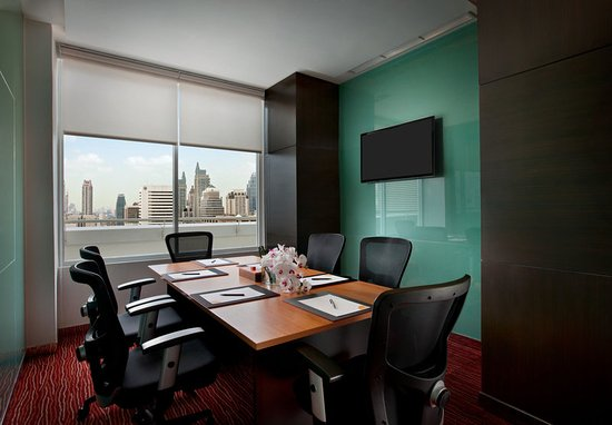 Courtyard by Marriott Bangkok: Executive Lounge - Business Meeting Room