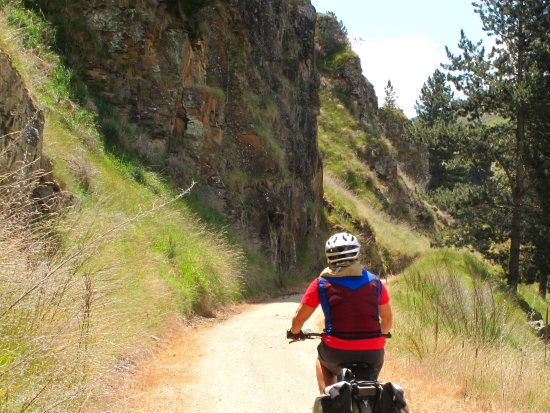 Cycle Surgery: Lovely ride high above the river