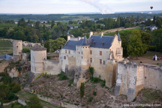 Sainte-Catherine-de-Fierbois, Frankreich: Forteresse de Chinon - Baptême en montgolfière