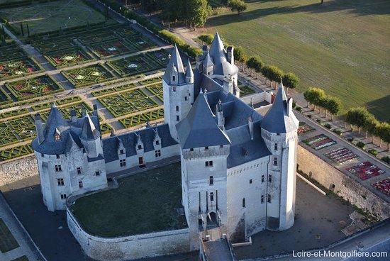 Sainte-Catherine-de-Fierbois, Frankreich: Château Coudray Montpensier de montgolfière