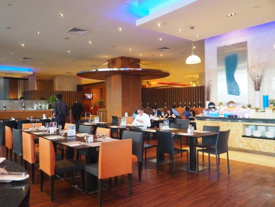 The Square Restaurant: Nice Buffet Lunch